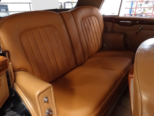 "1951 Bentley Mark VI ""Light Weight"" Sports Saloon by H.J. Mu For Sale (picture 4 of 6)"