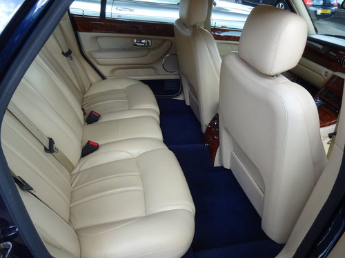 2002 Bentley Arnage R For Sale (picture 6 of 6)