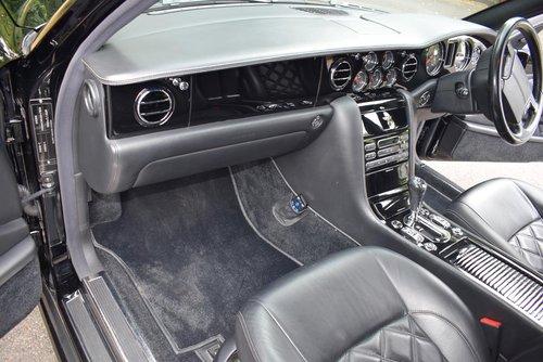 2009/09 Bentley Arnage T Mulliner Level II in Beluga For Sale (picture 2 of 6)