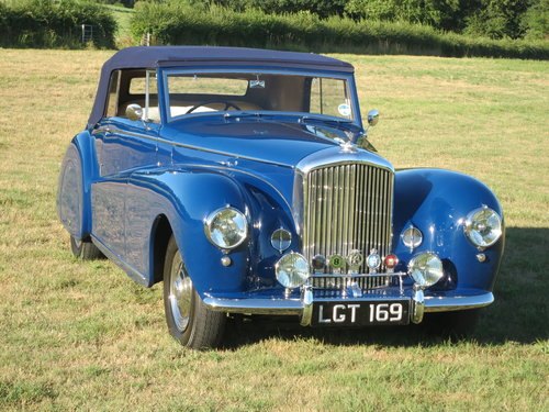 1950 Bentley MK VI Drophead By Abbott of  Farnham For Sale (picture 1 of 6)