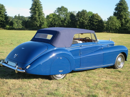 1950 Bentley MK VI Drophead By Abbott of  Farnham For Sale (picture 3 of 6)