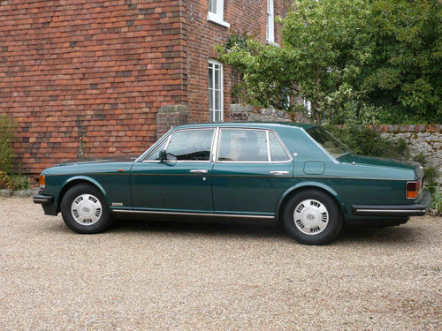 1993 Bentley Brooklands Outstanding  For Sale (picture 2 of 6)