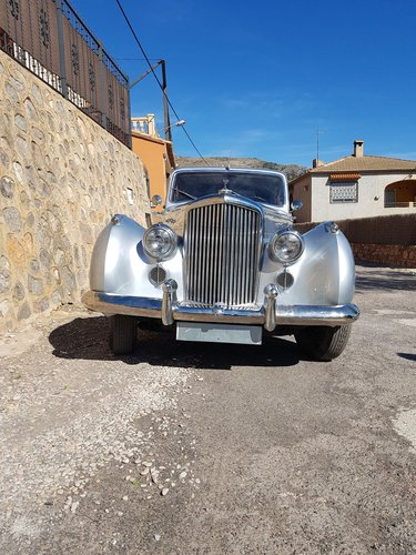 Bentley R Type 1953 For Sale (picture 4 of 4)