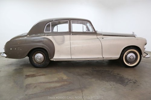 1954 Bentley R-Type Coach Built by James Young For Sale (picture 2 of 6)