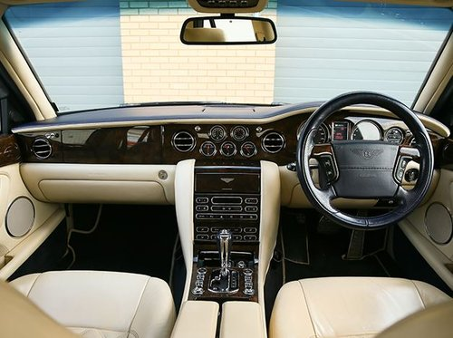 2007 BENTLEY ARNAGE T  500 MULLINER SPORTS COMBINATION LEVEL 2 SOLD (picture 3 of 6)
