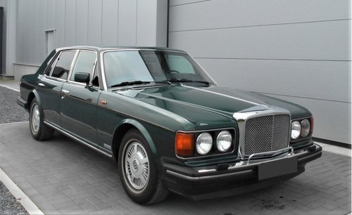 1989 Bentley Eight 6.8 auto 47500 miles Green LHD For Sale (picture 1 of 6)