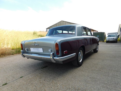 Superb 1972 Bentley T1 Saloon For Sale (picture 3 of 6)