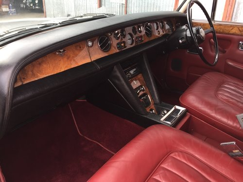 Superb 1972 Bentley T1 Saloon For Sale (picture 5 of 6)