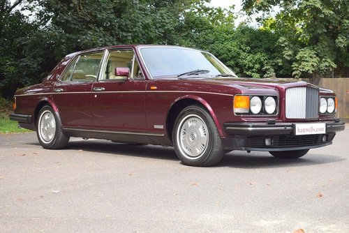 1995 M Bentley Brooklands in Wildberry For Sale (picture 1 of 6)
