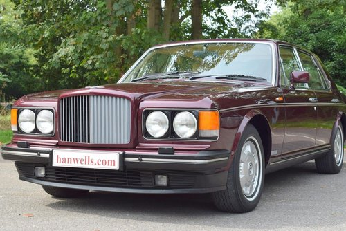 1995 M Bentley Brooklands in Wildberry For Sale (picture 4 of 6)