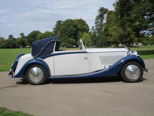 1937 Bentley 4 1/4 Litre Three Position DHC by H.J.Mulliner For Sale (picture 1 of 1)