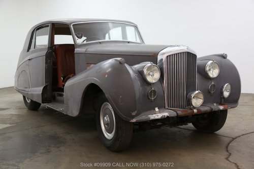 1954 Bentley R-Type Saloon For Sale (picture 1 of 6)