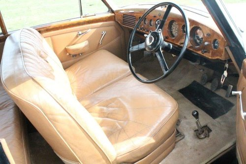 1952 Bentley R-Type Continental Sports Saloon For Sale (picture 3 of 6)