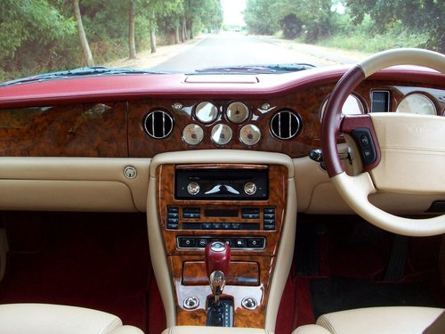 2000  (X Reg) BENTLEY ARNAGE RED LABEL SOLD (picture 4 of 6)