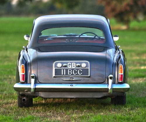 1960 Bentley S2 Continental Flying Spur 6-light Saloon by H. For Sale (picture 4 of 6)