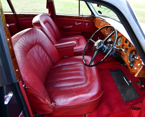 1960 Bentley S2 Continental Flying Spur 6-light Saloon by H. For Sale (picture 5 of 6)