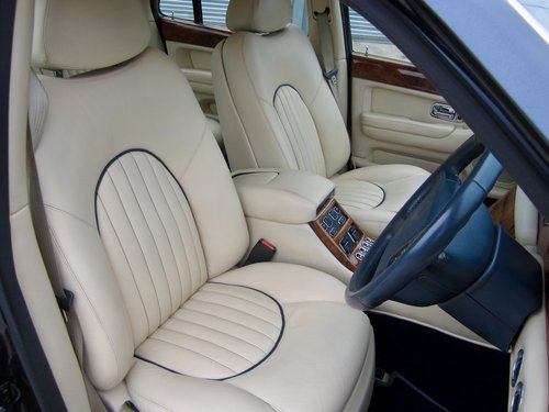 2001 Bentley Arnage  For Sale (picture 5 of 6)