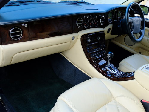 2003 BENTLEY ARNAGE T - IMPECCABLE S/HISTORY - 57K MILES - SOLD (picture 3 of 6)