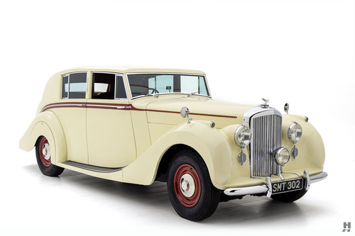 1947 BENTLEY MARK VI SALOON For Sale (picture 2 of 6)