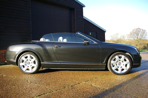 2008 Bentley Continental 6.0 W12 GTC MULLINER Auto (39,233 miles) SOLD (picture 2 of 6)