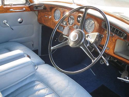 1963 Bentley S III Standard Steel Saloon SOLD (picture 3 of 6)