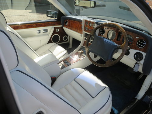 1995 Bentley Continental R SOLD (picture 5 of 6)