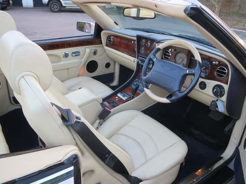 2003 Bentley Azure Mulliner Wide Body For Sale (picture 4 of 6)