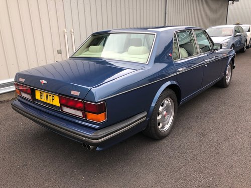 1989 BENTLEY TURBO R 6.8 V8, STUNNING COBALT BLUE & CREAM SOLD (picture 3 of 6)