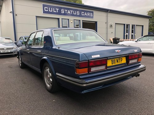 1989 BENTLEY TURBO R 6.8 V8, STUNNING COBALT BLUE & CREAM SOLD (picture 4 of 6)