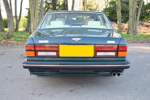1995 M Bentley Turbo R MK III in Racing Green For Sale (picture 5 of 6)