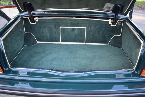 1995 M Bentley Turbo R MK III in Racing Green For Sale (picture 6 of 6)