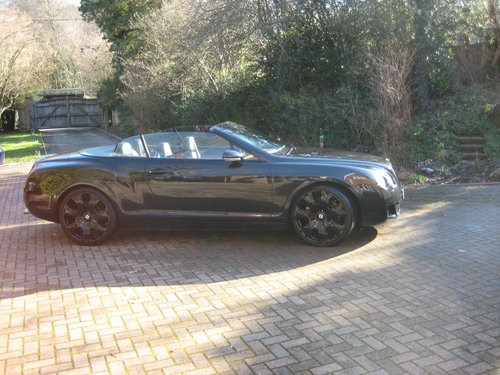2006 Stunning Bentley GTC For Sale (picture 2 of 6)