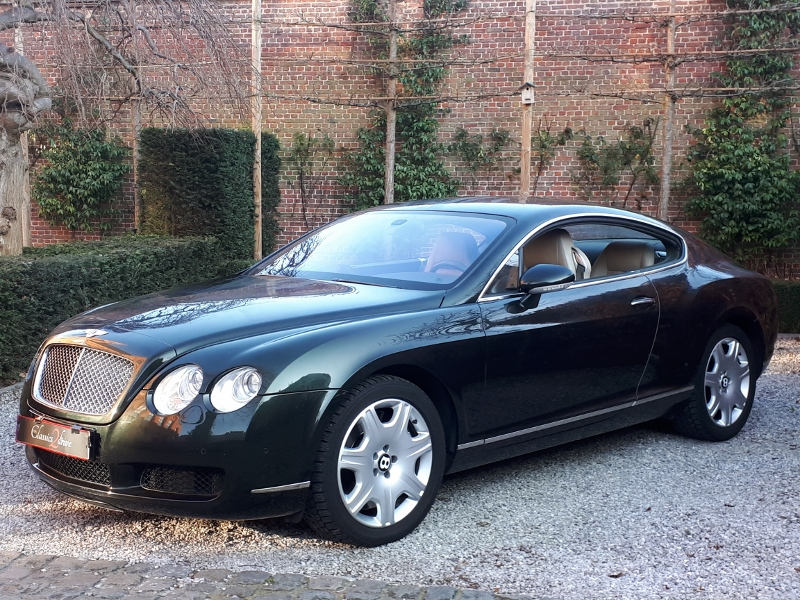 Elegant LHD Bentley Continental Coupe from 2004 For Sale (picture 1 of 6)