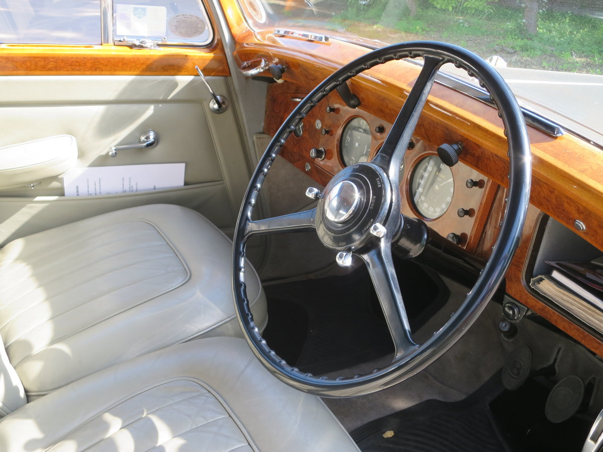 1950 Bentley MK VI Sports Saloon 4 1/4 SOLD (picture 4 of 6)