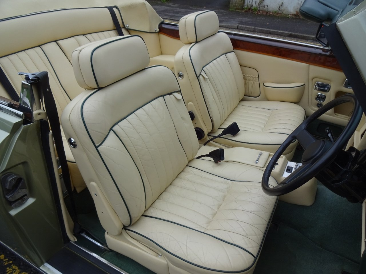 1985 Bentley Continental Convertible For Sale (picture 5 of 6)