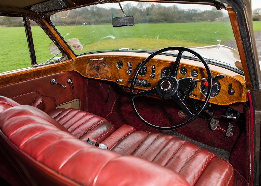 1956 Bentley S1 Continental Coupé by Park Ward SOLD by Auction (picture 3 of 6)