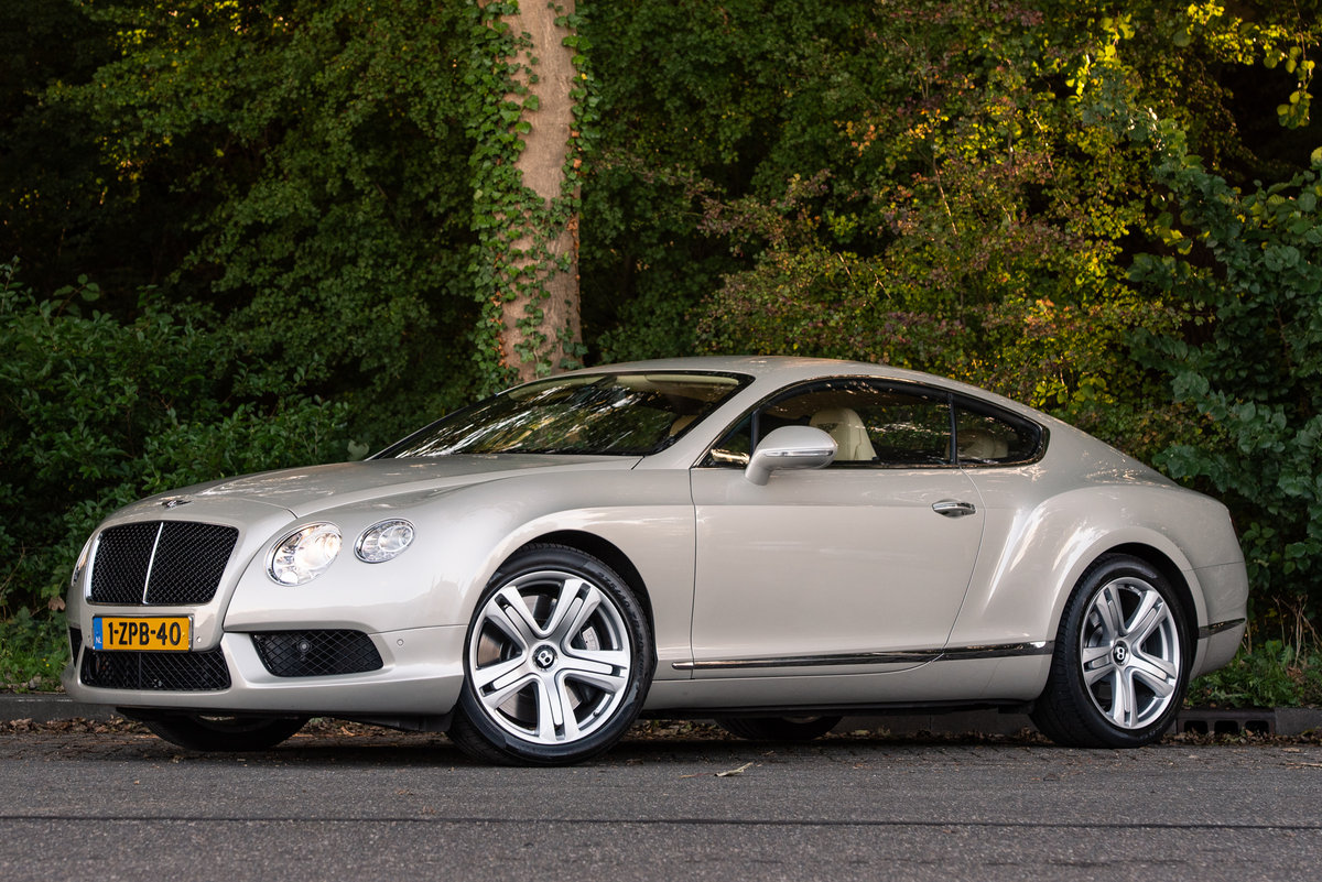 2013 BENTLEY CONTINENTAL  GT COUPÉ V8 For Sale (picture 1 of 6)