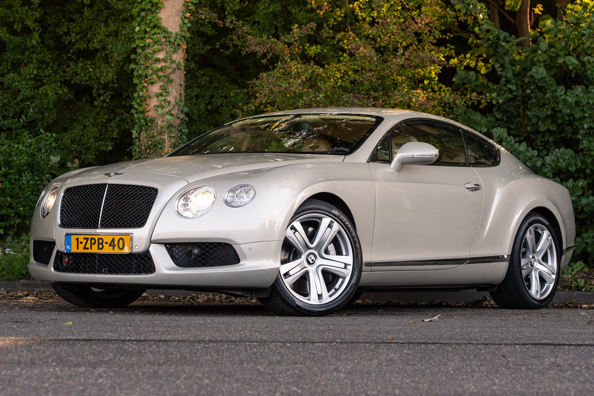 2013 BENTLEY CONTINENTAL  GT COUPÉ V8 For Sale (picture 3 of 6)