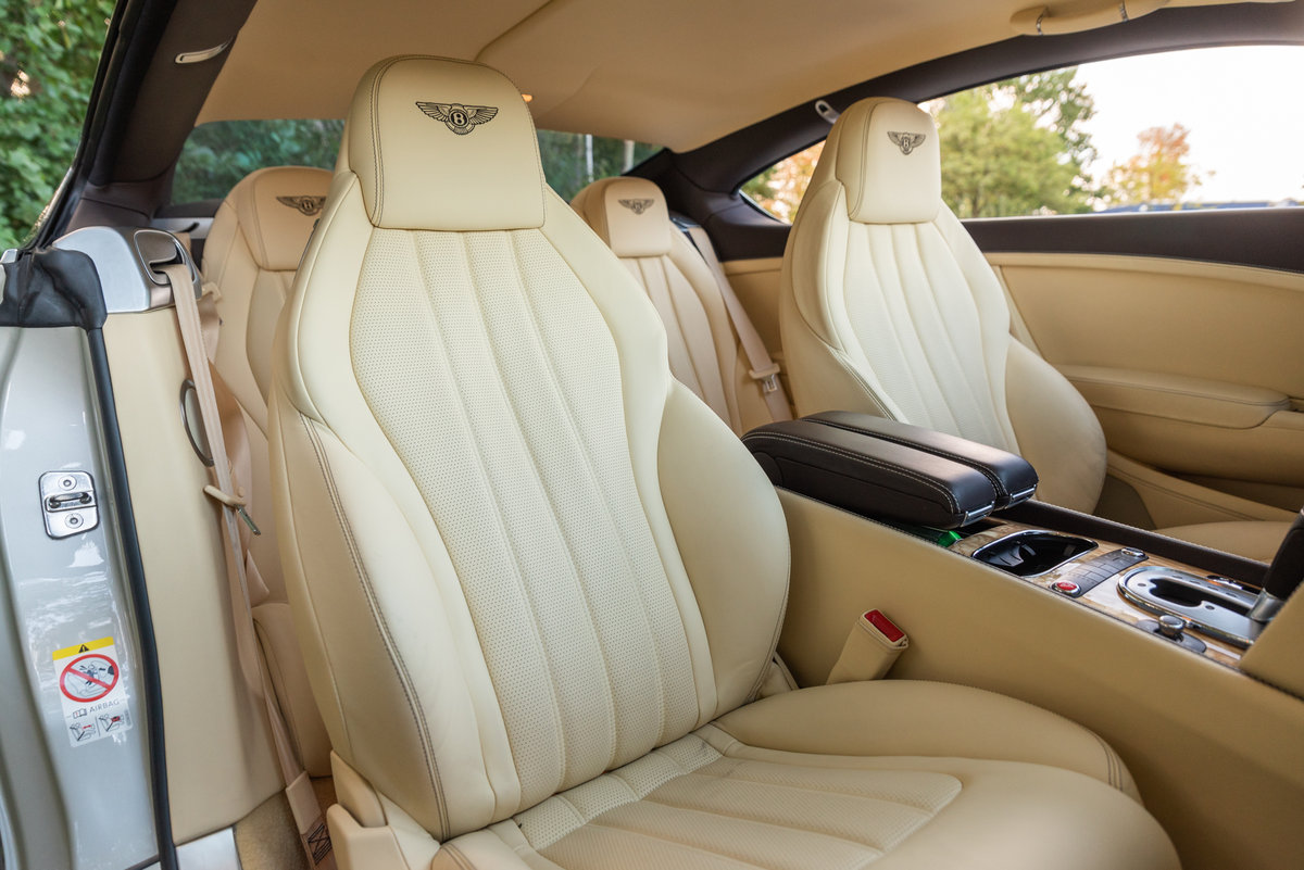 2013 BENTLEY CONTINENTAL  GT COUPÉ V8 For Sale (picture 4 of 6)