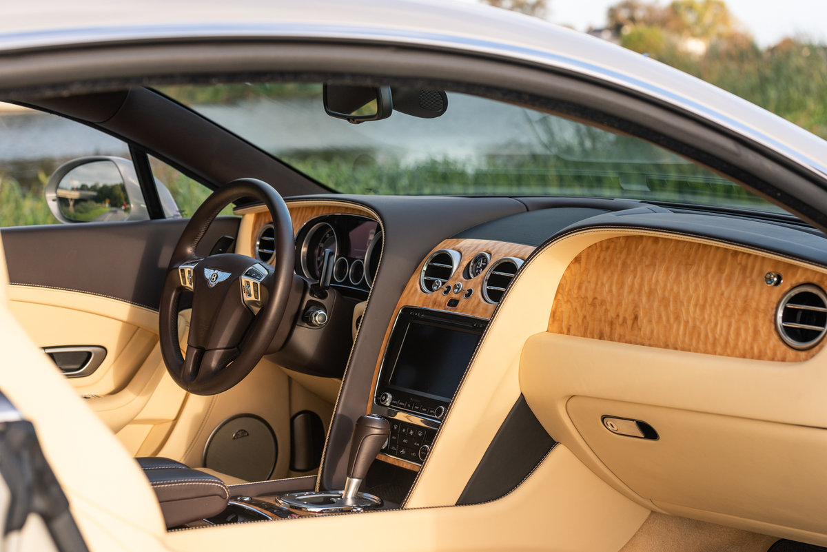 2013 BENTLEY CONTINENTAL  GT COUPÉ V8 For Sale (picture 5 of 6)