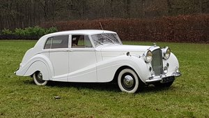 Bentley MK6 H.J. Mulliner sport saloon 1951 rhd For Sale