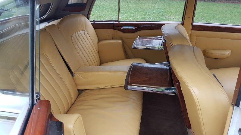 Bentley MK6 H.J. Mulliner sport saloon 1951 rhd For Sale (picture 5 of 6)