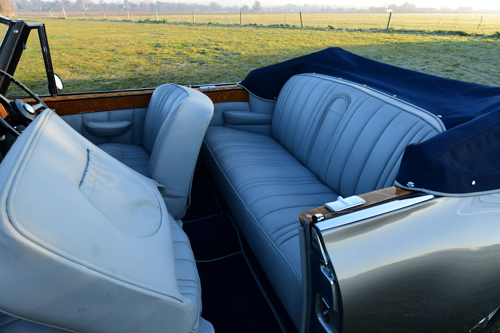 1952 Bentley R-Type DHC by Graber For Sale (picture 5 of 6)