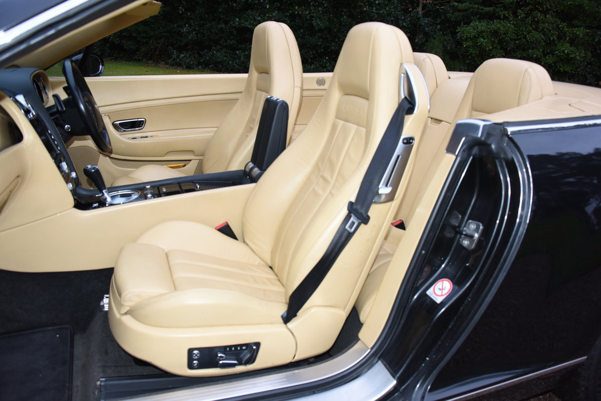 2007 BENTLEY CONTIENTAL GTC Convertible W12 For Sale (picture 10 of 12)