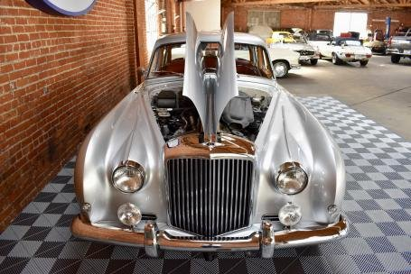 1960 Bentley S2 Continental Sport Saloon by James Young  For Sale (picture 3 of 6)