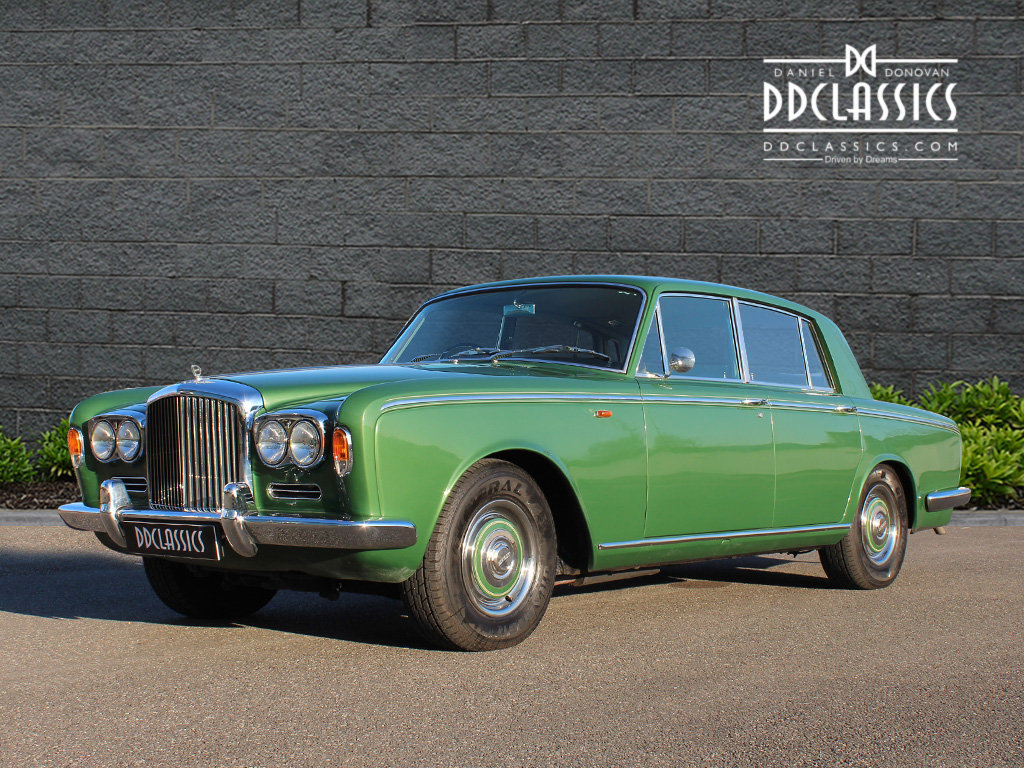 1969 Bentley T Series (RHD) For Sale In London SOLD (picture 1 of 6)