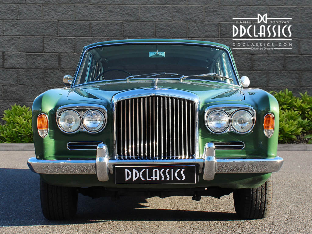 1969 Bentley T Series (RHD) For Sale In London SOLD (picture 5 of 6)