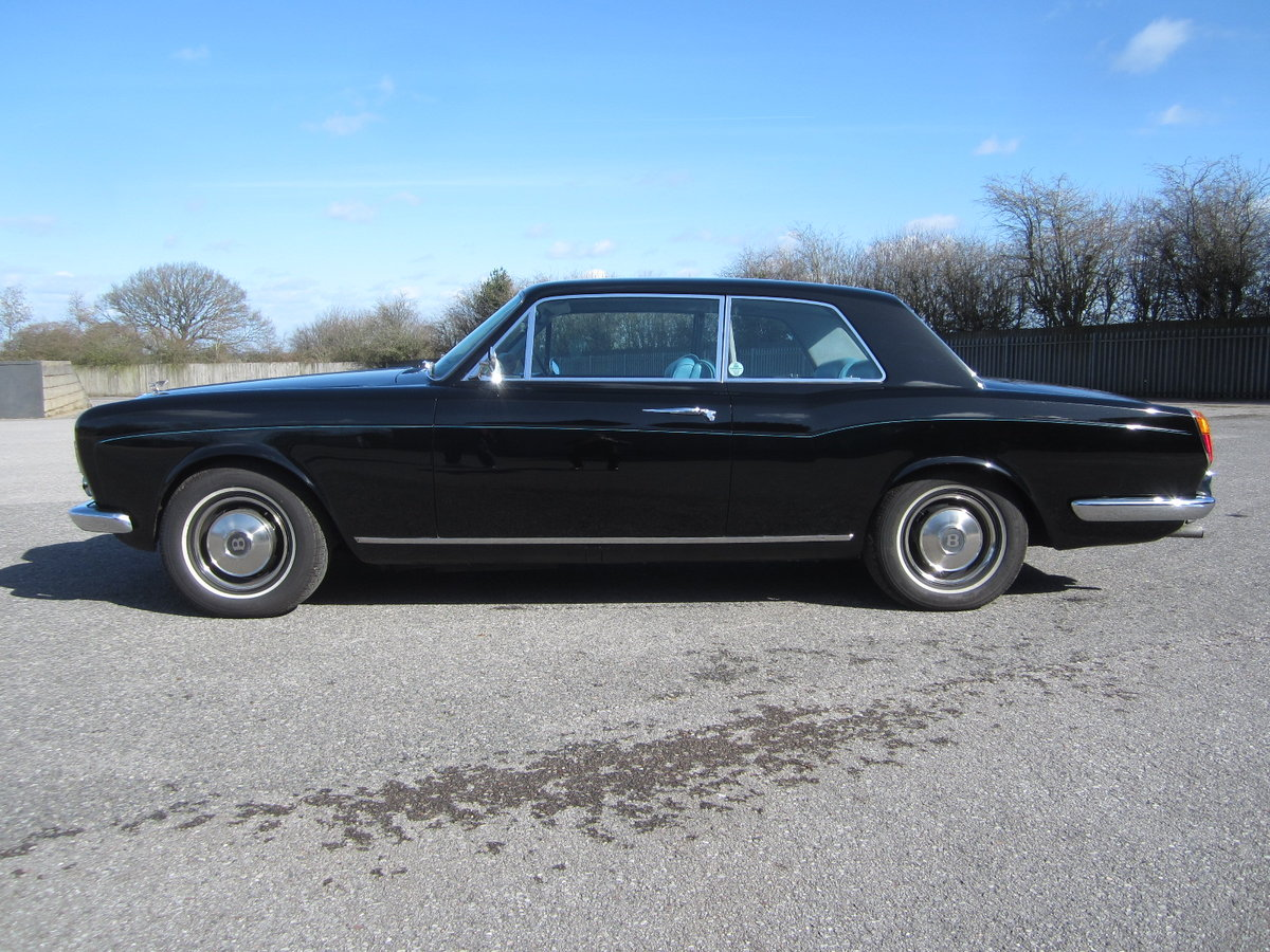1974 Bentley Corniche For Hire (picture 5 of 6)
