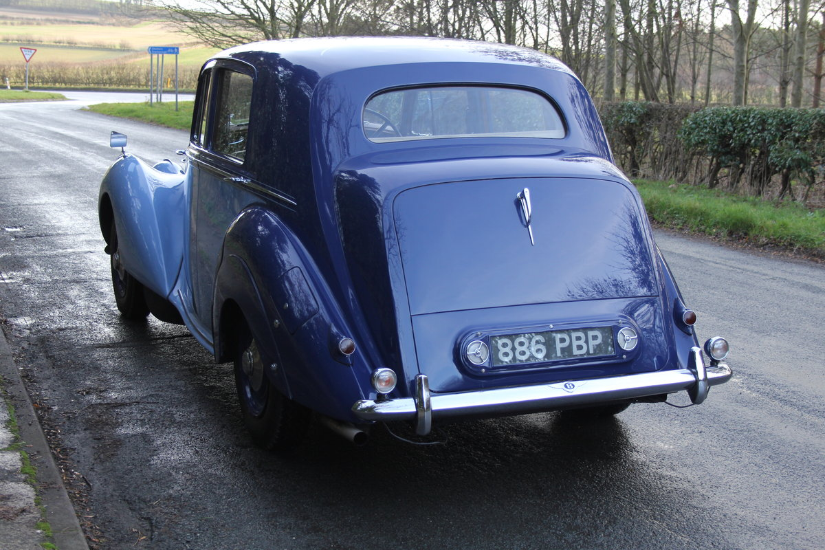 1949 Bentley MKVI Standard Steel Saloon For Sale (picture 3 of 12)