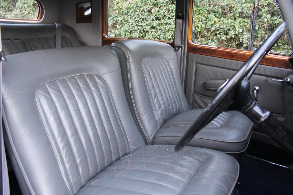 1949 Bentley MKVI Standard Steel Saloon For Sale (picture 7 of 12)
